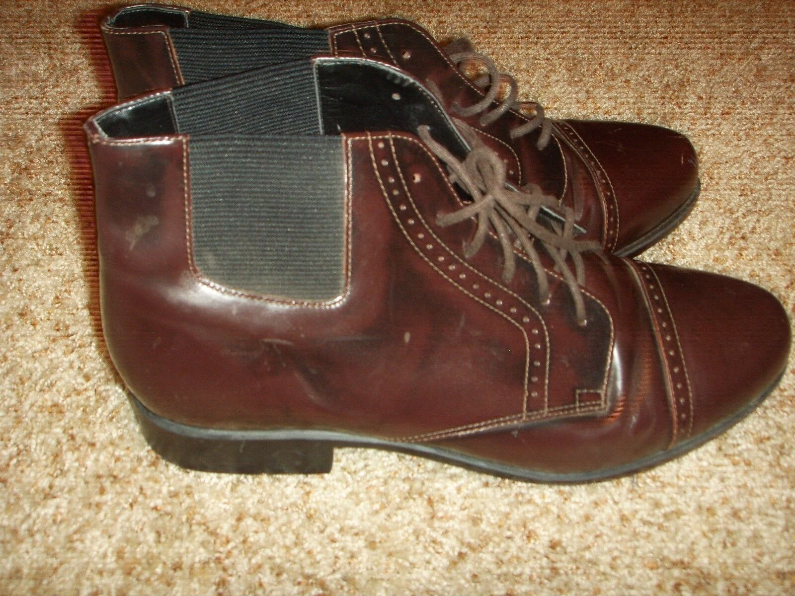Ariat Burgundy Leather  Captoe Chelsea Boot Womens Size 10  at the lowest price