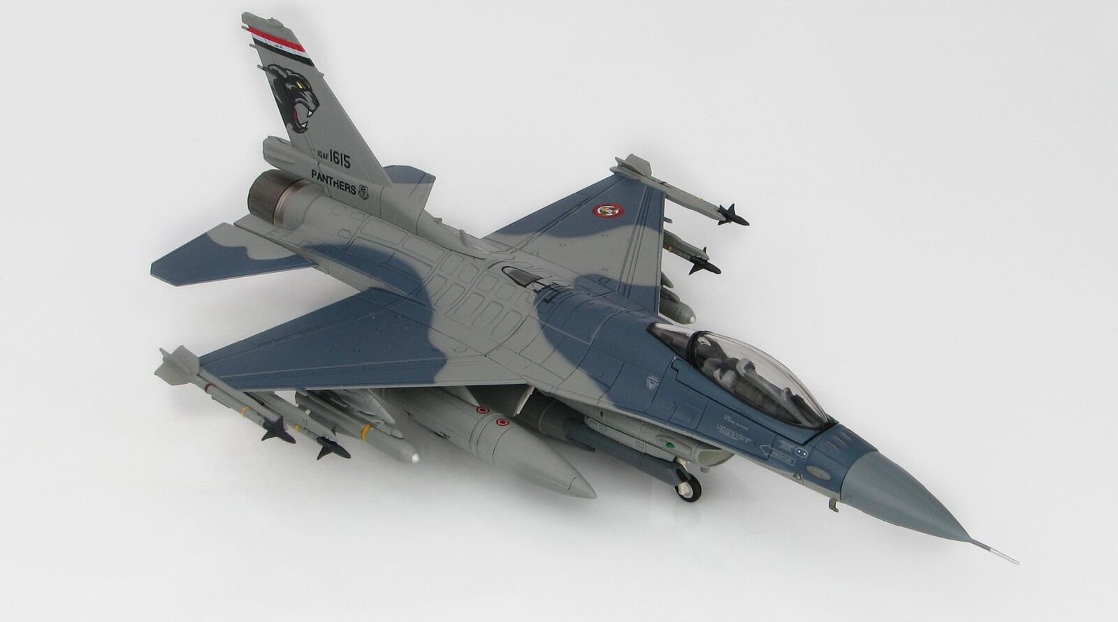 Hobby Master 3863 F-16C Fighting Falcon irakien Air Force 2015 1 72 SCALE MODEL