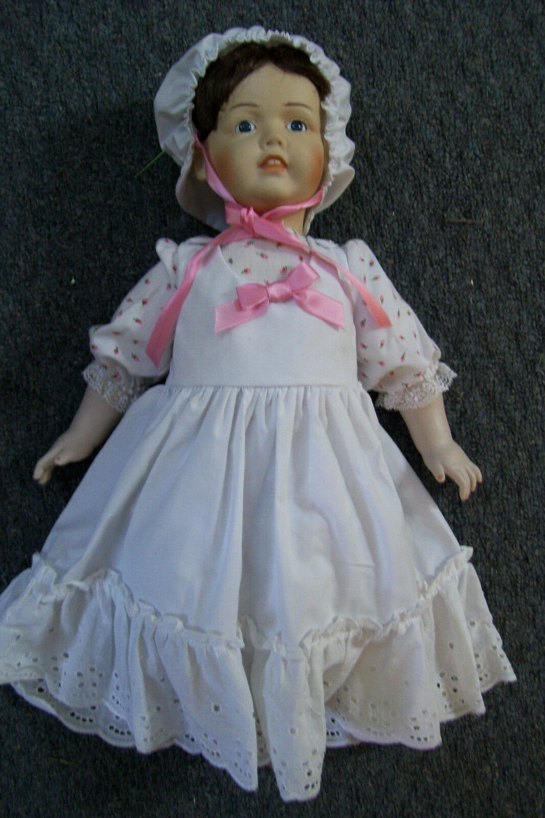 Beautiful Porcelain Wind Up Musical Doll Made in Germany JDK 18