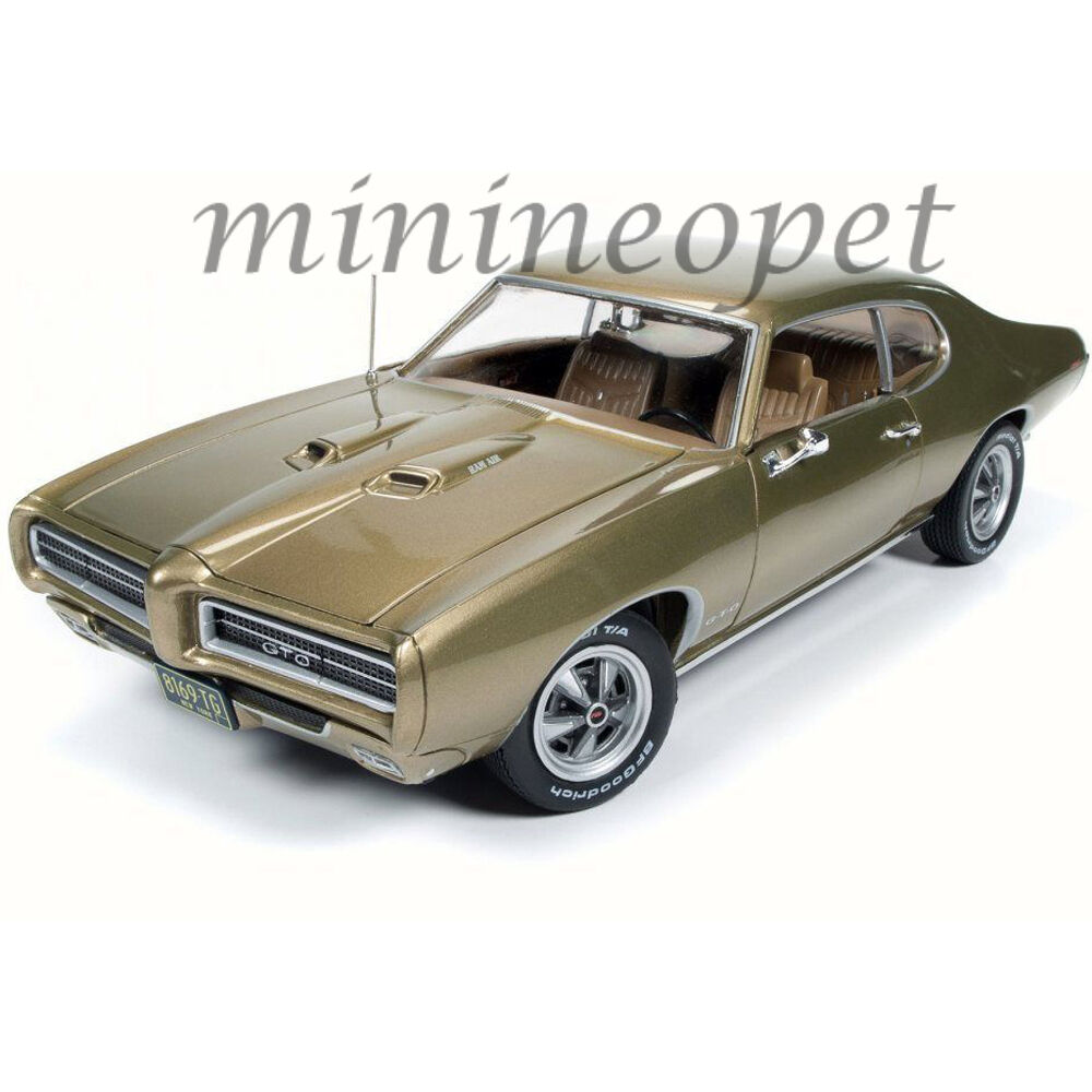 AUTOWORLD AMM1081 HEMMINGS MAGAZINE 1969 69 PONTIAC GTO 1 18 DIECAST CAR oro