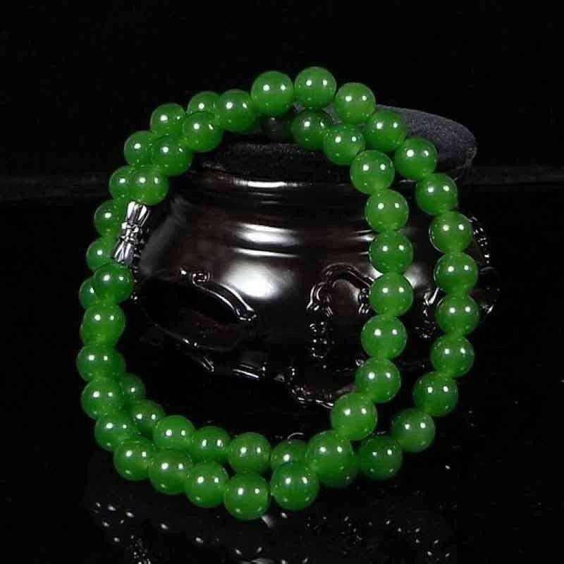 Beautiful Chinese Handcraft 100% Natural Jade Green Jade Necklaces 2