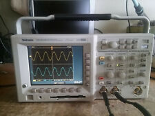 Tektronix Tds3032b 300 Mhz 25gss 2 Channel Dso Options Tds3trg And Tds3fft