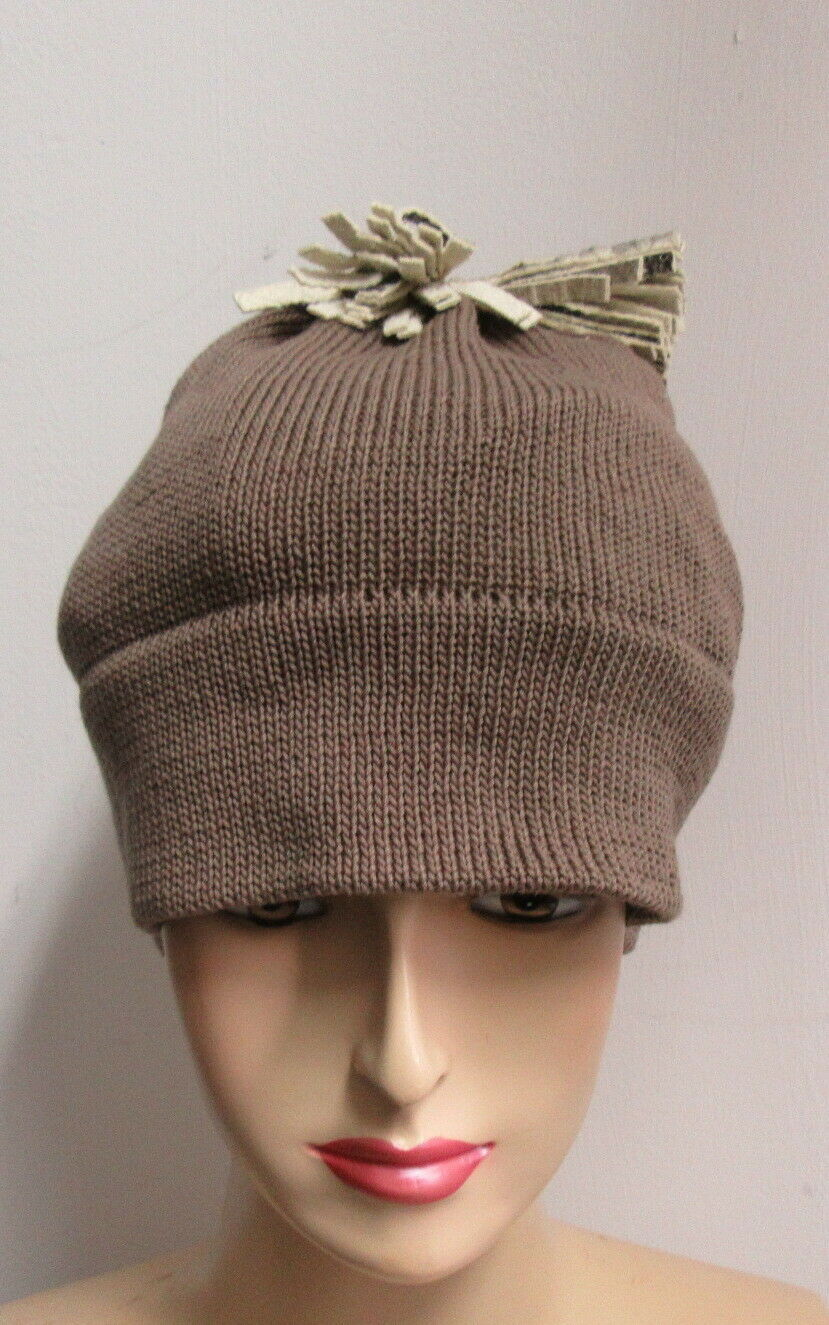 PATRICIA UNDERWOOD KNITS taupe beanie hat with ta… - image 2