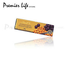 Lindt Hazelnut and Raisin Gold Chocolate Bar 300 g - Hazelnut and Raisin
