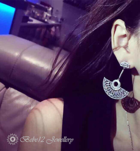 Simulated Diamond//Fan Shape Drop Earring//White Gold//RGE621