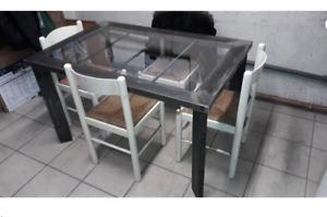 Industrial-style-metal-table