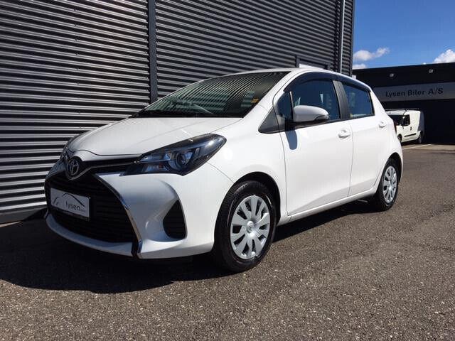 Toyota Yaris 1,3 VVT-i T2 5d - 129.900 kr.