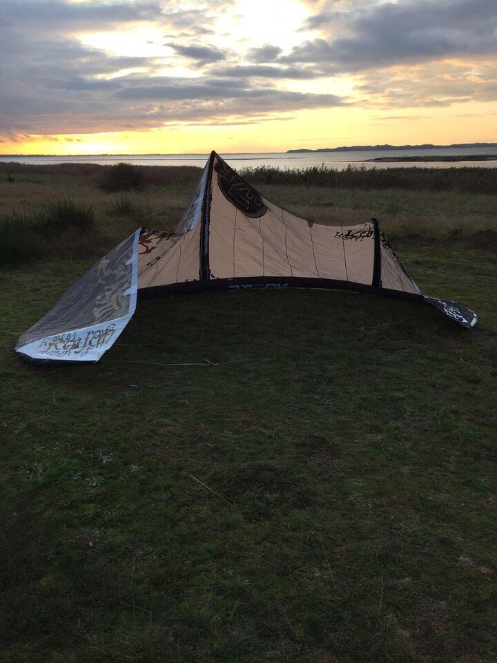 Kite, Royal Era Bowkite, str. 12 m2
