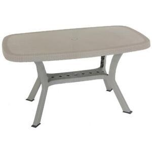 Tavolo Plastica Effetto Rattan.Tavolo Ovale 136x82cm In Resina Plastica Effetto Rattan Tortora