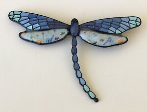 Unique-vintage-style-Dragonfly-brooch-in-enamel-on-metal