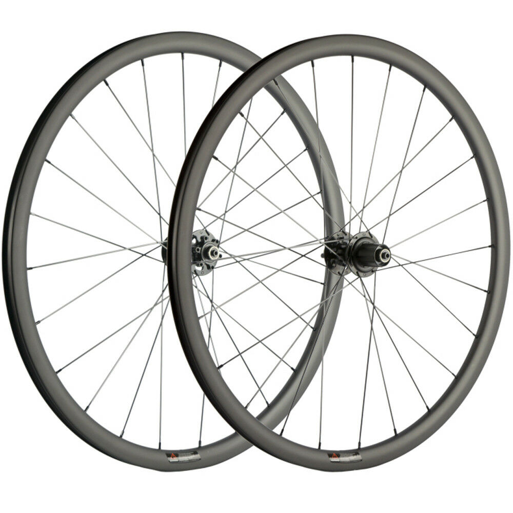Carbon Cyclocross Wheels 700C 30mm Carbon Wheelset  With Disc Brake Thru Axle QR  simple and generous design