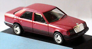 Mercedes-Benz-Clase-E-Sedan-W124-Facelift-1989-93-Rojo-Rojo-Metal-1-87-Herpa