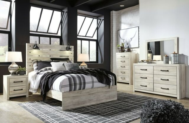 Ashley Furniture Cambeck Queen 6 Piece Panel Bedroom Set