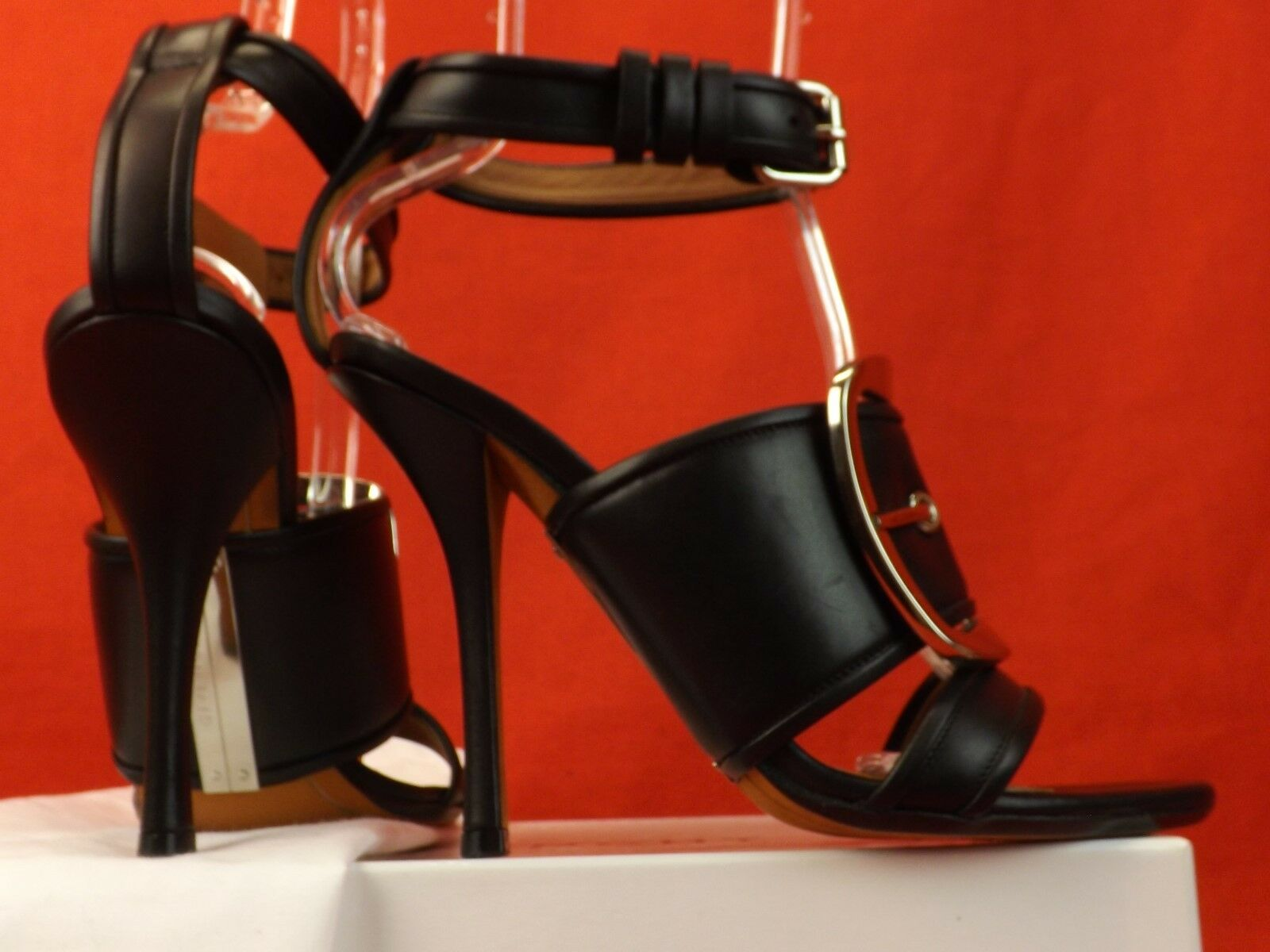NIB GIVENCHY DIANA BLACK LEATHER SILVER TONE METAL BUCKLE BUCKLE BUCKLE STRAP SANDALS 39  1435 f425d2