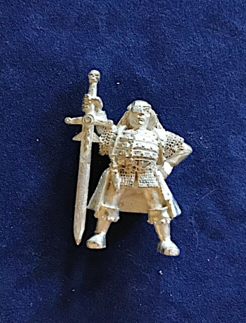 Warhammer Mordheim Witch Hunter #3 with Sword OOP Metal