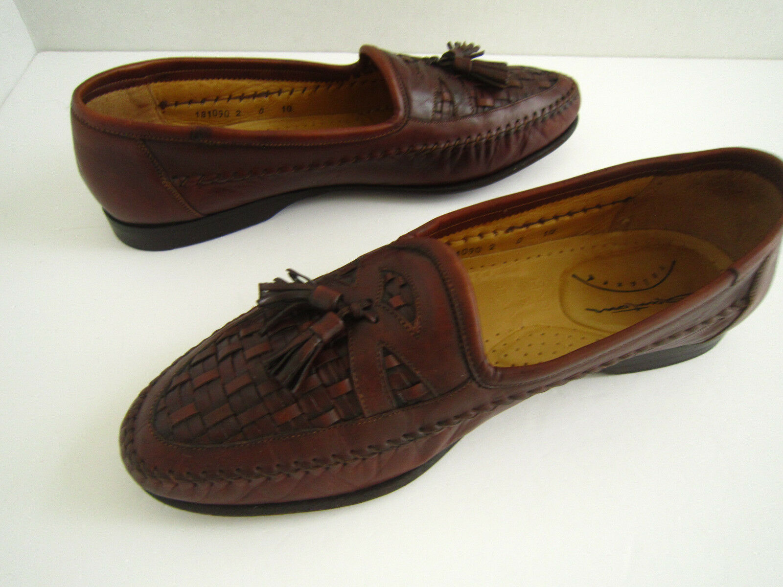 Santoni Relaxsed  Mens Loafers Brown Woven Toe Tassel  All Leather  Sz 10 D