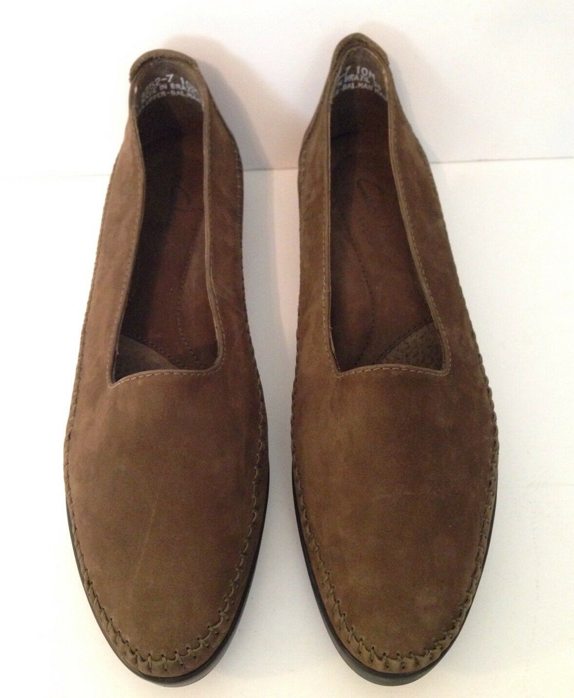 CLARKS of England Women's Brown Suede Leather Slip On Loafers shoes Size 10M EUC