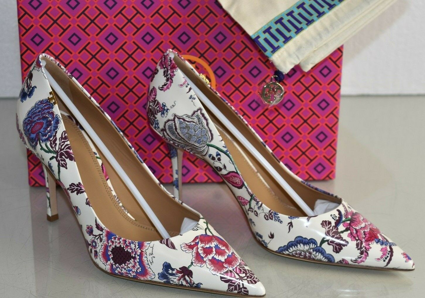 6221de3e8 ... 378 NEW Tory Burch PENELOPE 85 PRINTED PUMPS Happy Happy Happy Times  Floral blanc Heels 10 ...