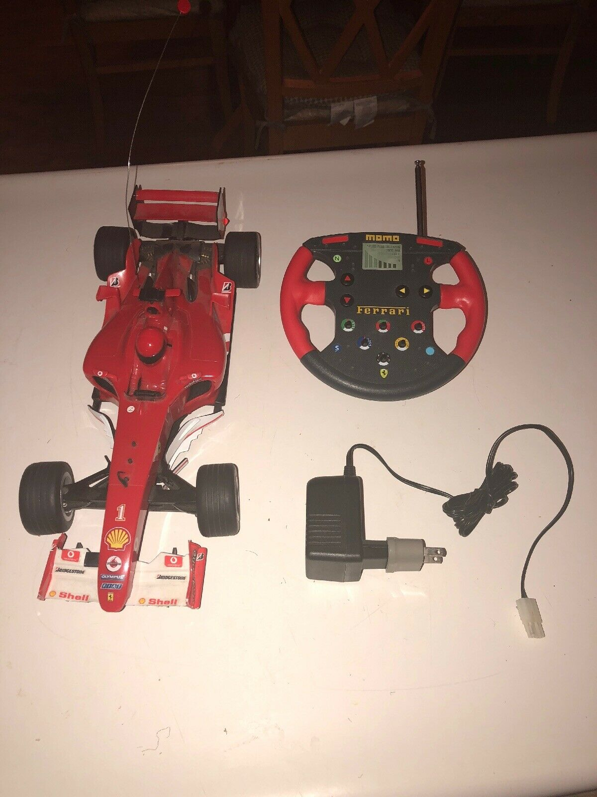 2004 RC MOMO Ferrari Evolution RARE RC Voiture w Chargeur 15 1 4  Long