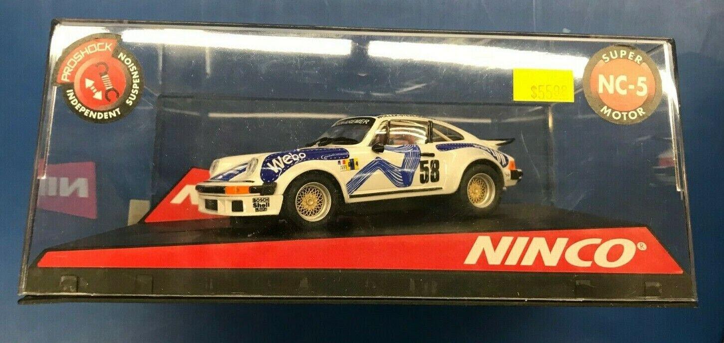 Ninco 1 32 Slot Car 50334 PORSCHE 934 BURTON of London WEBO avec NC-5 MOTEUR-NEUF