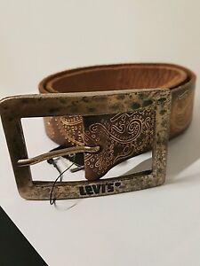 più recente aacae ef4c1 Detalles de Cinta Levis marrone vintage con disegni oro