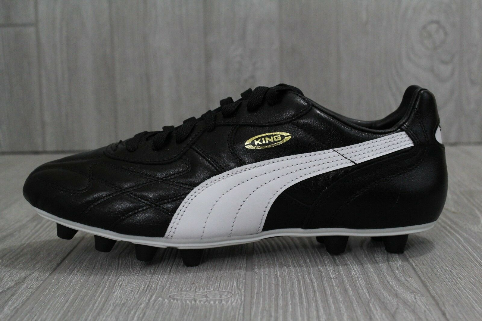 42 PUMA King Top DI FG Leather Soccer Cleats Black White 8-14 170115 01