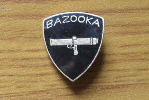 Medal-Brooch-Pins-Bazooka-Glazed-years-039-70-Militaria-subalpine