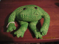 Home Decor....poly Bead/poly Filled Toads Green & Lime Speckled...