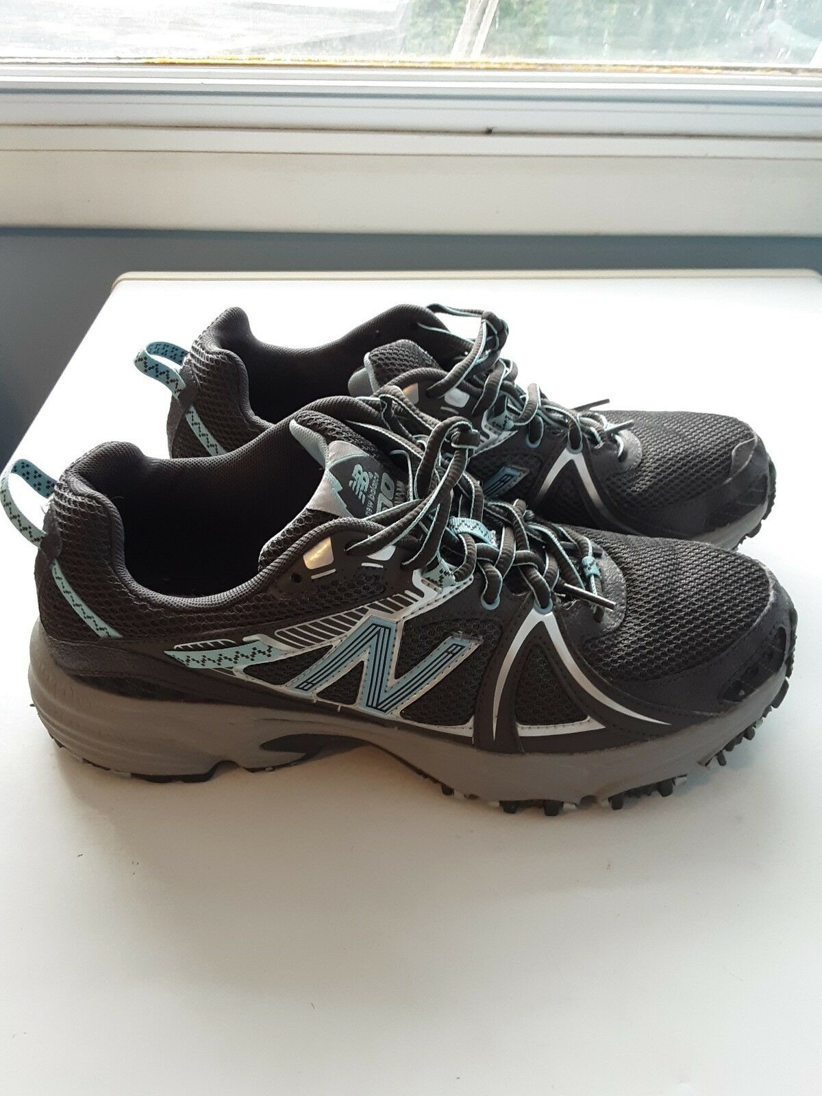 New Balance 510 Womens trail runners Size 10 Barely Worn