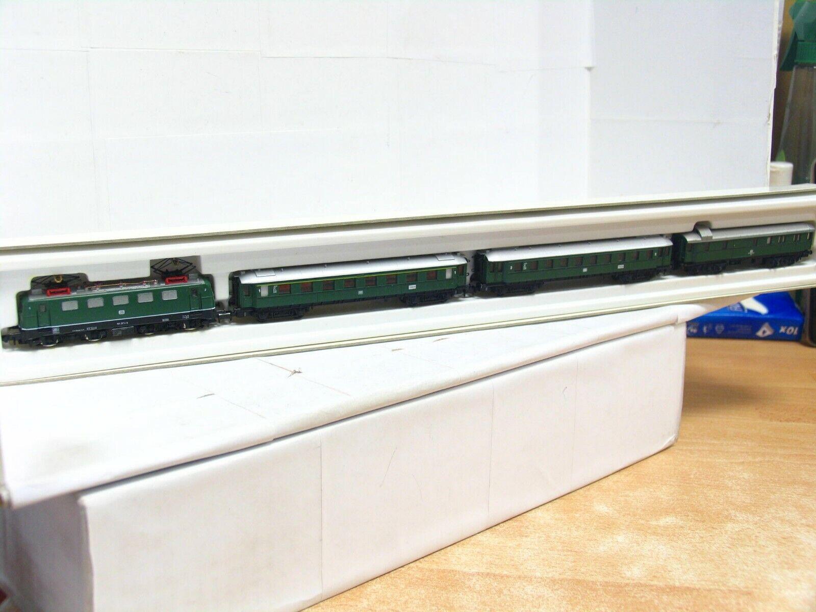 Arnold n 0134 4 piezas de pasajeros rce  Trier  con e-Lok br 141 DB embalaje original (rb8744)