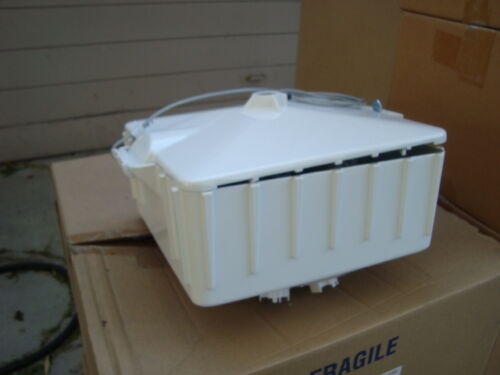 Available - 336W High Bay Sportlite LX800  Fixtures 16 Grow Lights