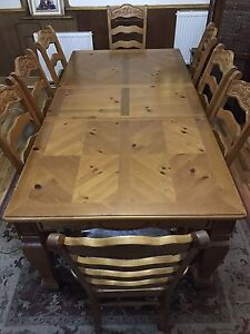 Solid Oak Dining Table 8 Chairs Crushed Velvet Padded Seats Hand Carved Wood Ebay
