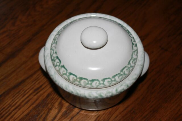 Ceramic Casserole Bean Pot/ Bowl with Lid, Green details, pottery,decorative