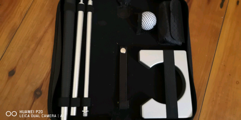 Portable Golf Putter Set Kit with Ball Hole-Cup for Travel Indoor Golf Putting Practice