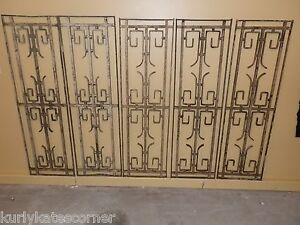 EXTREMELY-RARE-SET-OF-5-MATCHING-ANTIQUE-FRENCH-IRON-PANELS-TRANSOMS-amp-SIDELIGHT