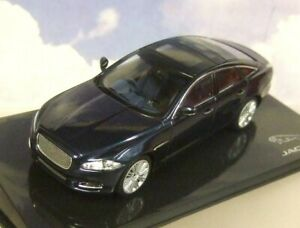 Ixo-1-43-Miniature-Jaguar-Marchand-Modele-2011-XJ-en-Fonce-Saphir-Bleu-Met