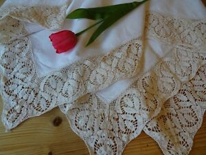 Large Vintage Linen Lace Edged Tablecloth 50034 127cm Square Light Cream - <span itemprop=availableAtOrFrom>Beeston, Nottinghamshire, United Kingdom</span> - Large Vintage Linen Lace Edged Tablecloth 50034 127cm Square Light Cream - Beeston, Nottinghamshire, United Kingdom