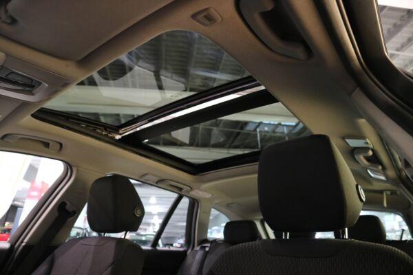 BMW 320d 2,0 Touring aut. billede 16