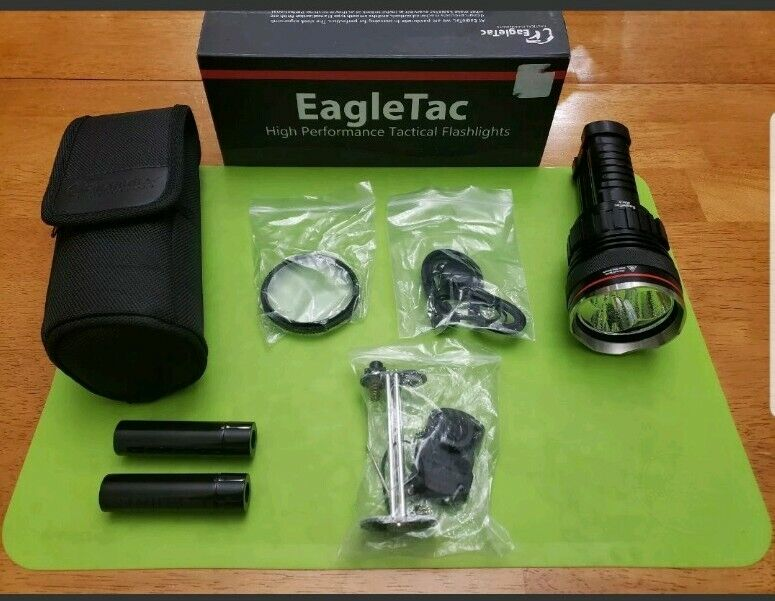 EagleTac M3C4 CREE XP-G R5 LED 800 Lumen Holster Cool White