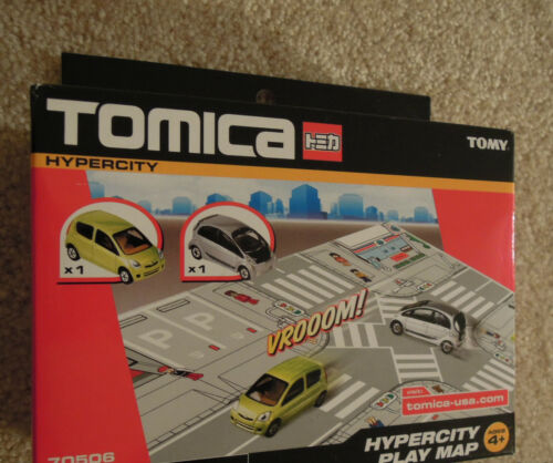 Tomica Hypercity USA Set Mitsubishi i-Miev /& Daihatsu Mira Ships from USA New