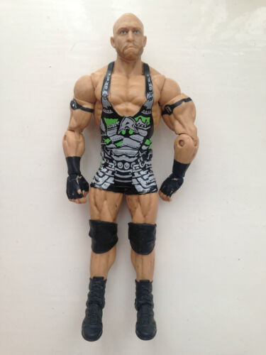 RARE WWE Ryback MATTEL Basic Serie 27 Wrestling Figure ECW