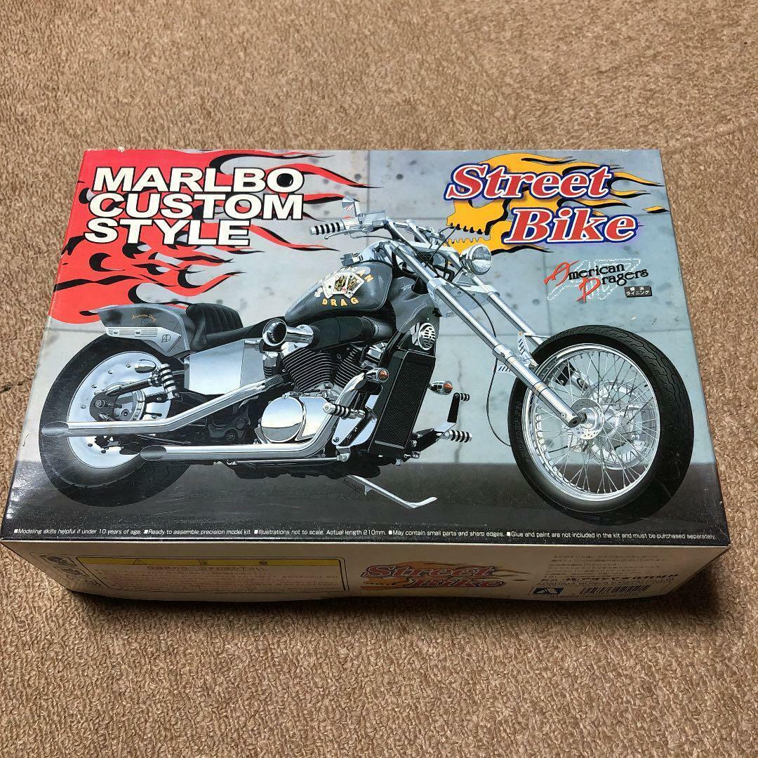 Aoshima Street Bike MARLBO CUCOM STYLE 1 12 Modell Kit Vintage