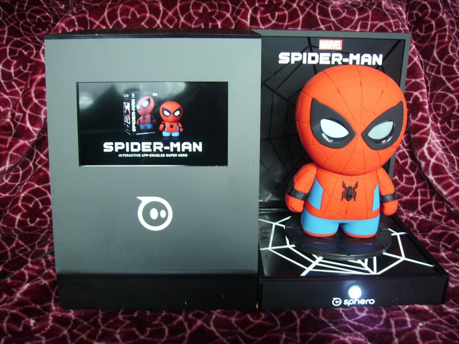 Rare Sphero Spiderman Shop Store Display Unit Collectable With playable Demo
