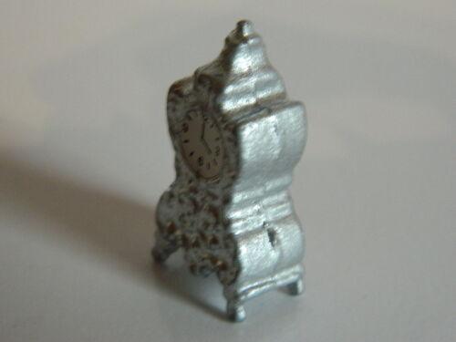 M3.6 Casa delle Bambole in metallo argentata mantel clock non funzionante