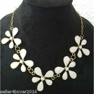 Cosmos Fashionable Trendy Necklace For Girls/Woman Color Gold & White Meena
