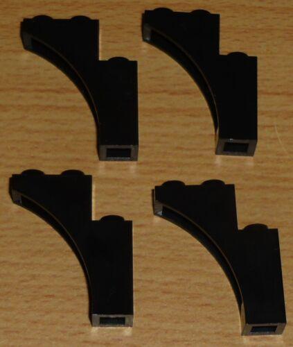 Lego 4 Bögen 1 x 3 x 3 in schwarz