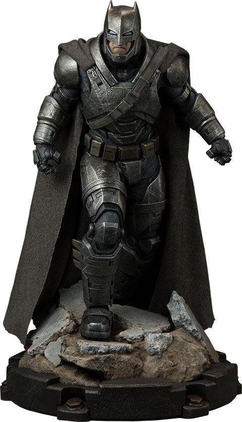 BATMAN vs SUPERMAN - Armoruge Batman 23  Premium Format Statue (Sideshow)  NEW