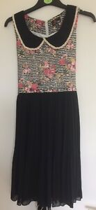 VINTAGE-INSPIRED-YUMI-BLACK-DRESS-FLORAL-TOP-HALF-LACE-TRIM-COLLAR-S12