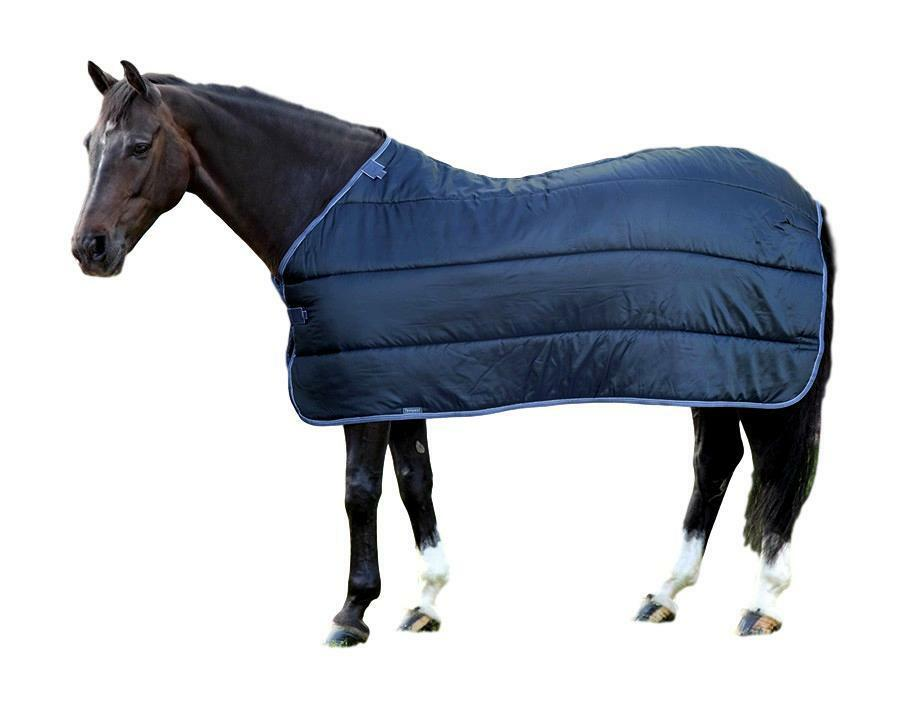 Shires equestre WarmaRug 200g Turnout Blanket Liner with Touch Close Straps