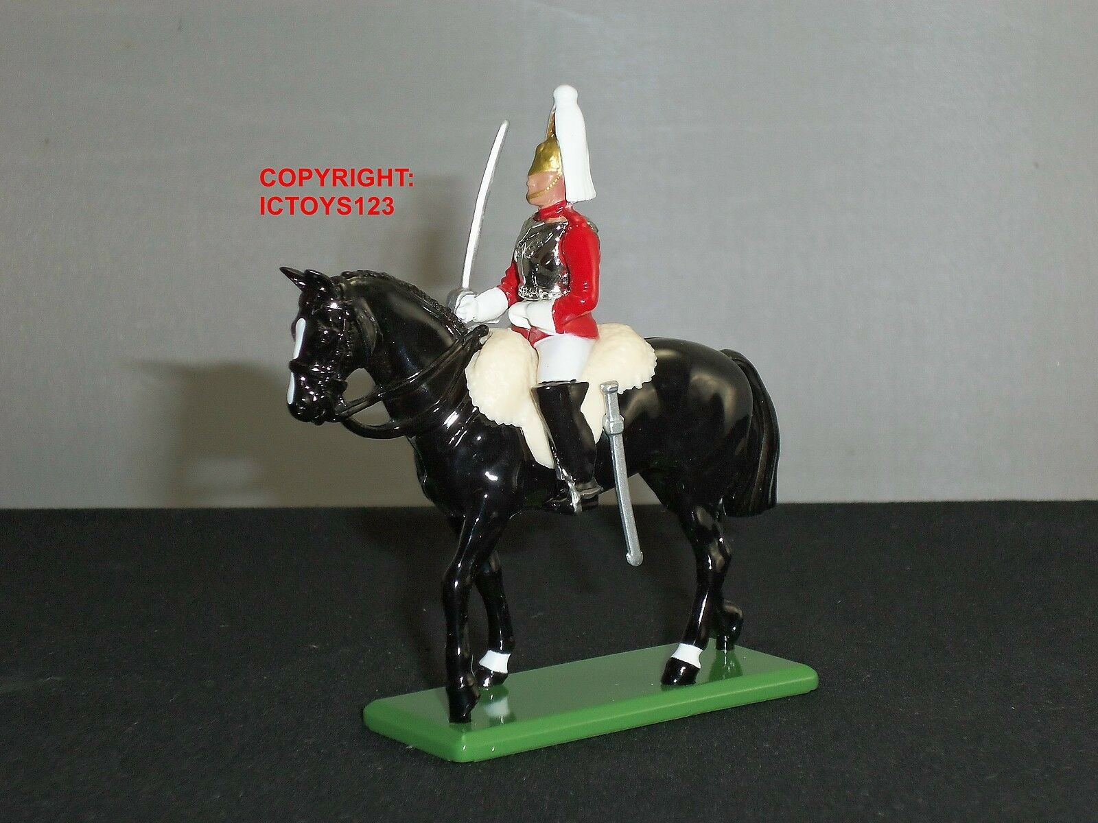 BRITAINS 41074 CEREMONIAL LIFEGUARD MOUNTED TROOPER METAL TOY SOLDIER FIGURE